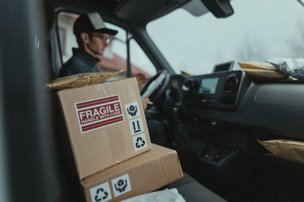 Chauffeur de service de livraison